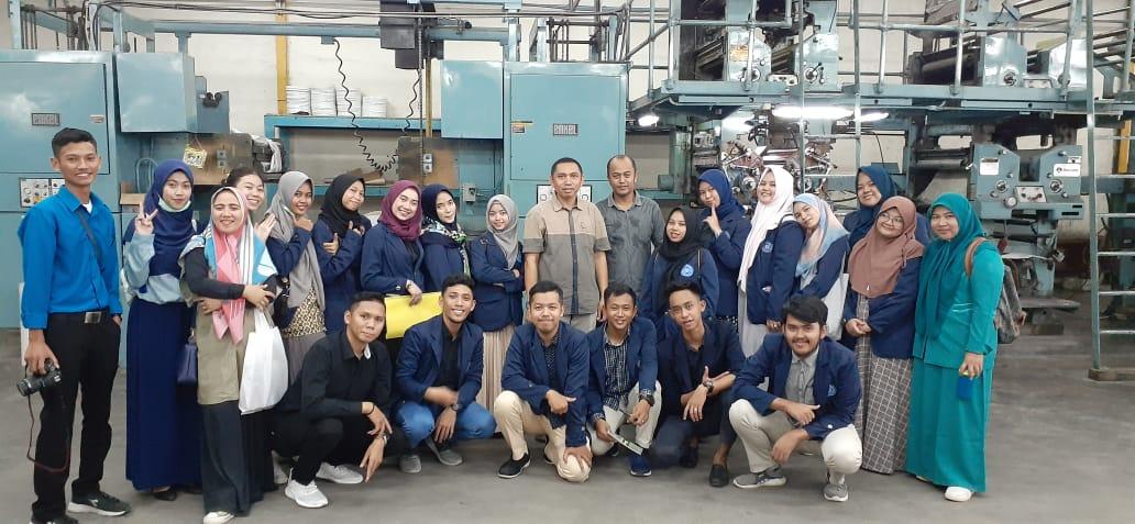 Kuliah Lapangan Psikologi Industri dan Organisasi di PT Grafika Wangi Kalimantan (Banjarmasin Post)